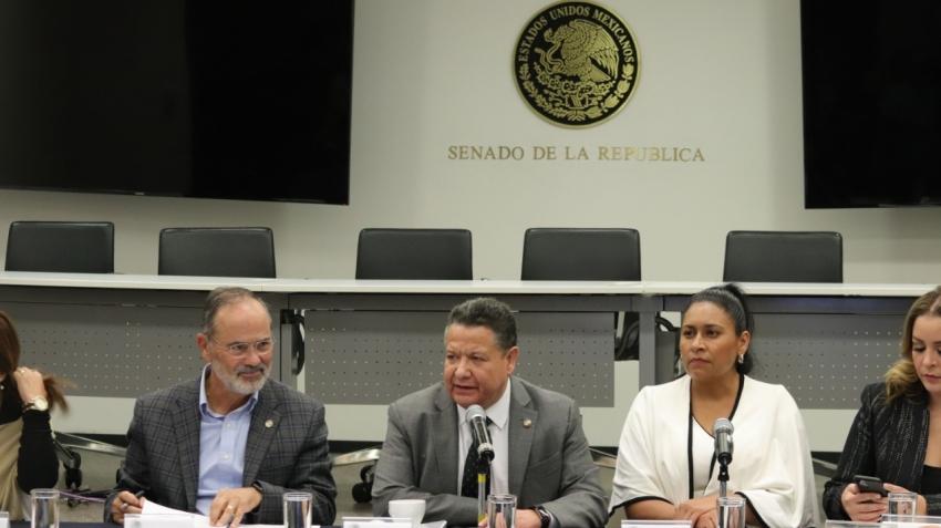 EL SENADOR JULIO MENCHACA PARTICIPA EN REUNIÓN DE COMISIONES UNIDAS DE JUSTICIA, ECONOMÍA Y DE ESTUDIOS LEGISLATIVOS, SEGUNDA