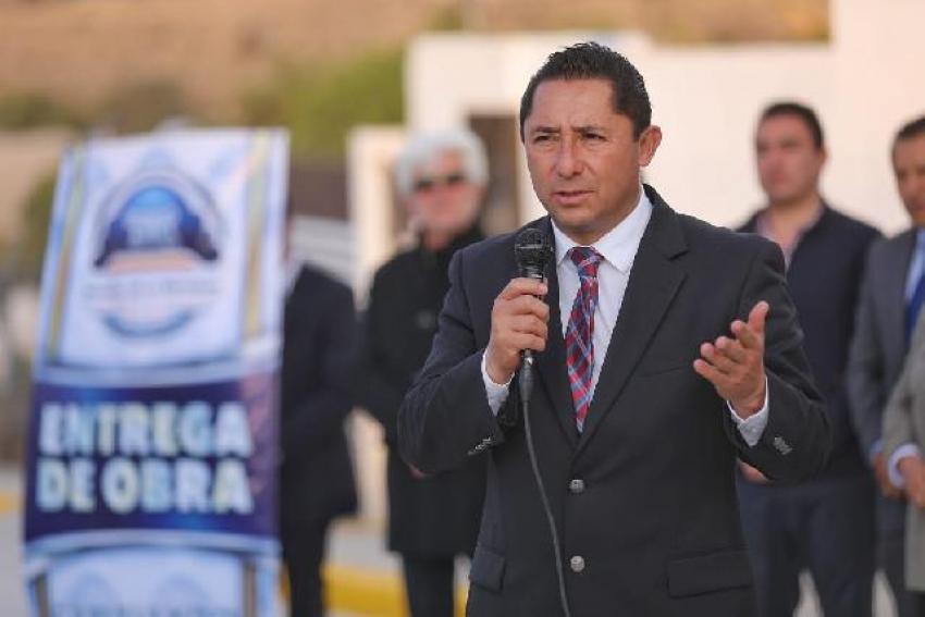 INAUGURA RAÚL CAMACHO PAVIMENTACIÓN DE CONCRETO HIDRAULICO DE LA COLONIA ABUNDIO MARTÍNEZ