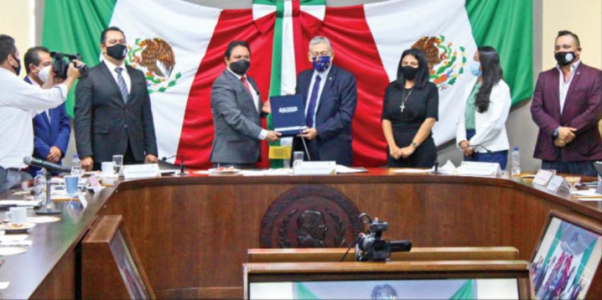 Inician comparecencias en el Congreso de Hidalgo; primero en acudir, Simón Vargas Aguilar