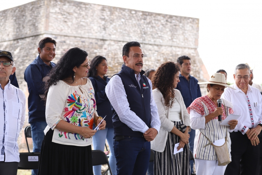 RECUPERAR ZONA ARQUEOLÓGICA DE TULA, META COMÚN DE AMLO Y FAYAD