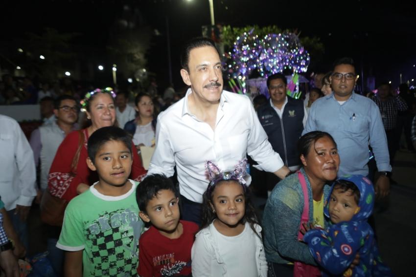 UNIFORMES Y ÚTILES ESCOLARES LOS MEJORES REGALOS DE REYES  PARA NIÑEZ Y JUVENTUD HIDALGUENSE: FAYAD